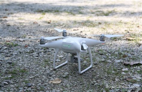 Dji Phantom 4 Malaysia Dji S Osmo And Phantom Drones Officially Land In Malaysia Soyacincau