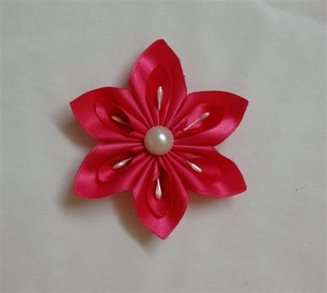 How To Make A Simple Flower Out Of Paper - diy kanzashi flower easy ribbon flowers tutorial how to