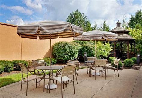 hotels in pontiac courtyard detroit pontiac auburn pontiac mi