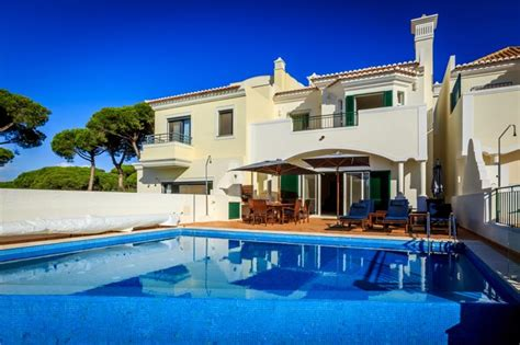 4 bed villa with pool on golf course vale do lobo avh