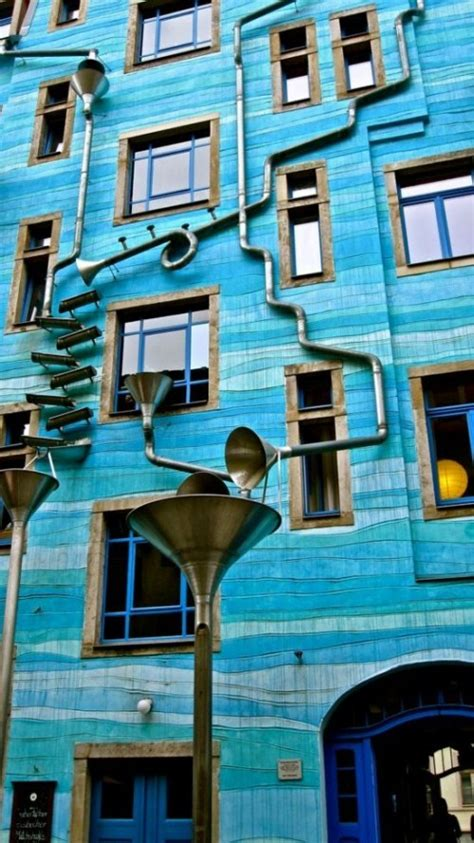 house plays music when it rains singing in the rain neustadt kunsthofpassage in dresden 2luxury2 com