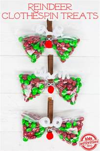 christmas party favor reindeer treat bags