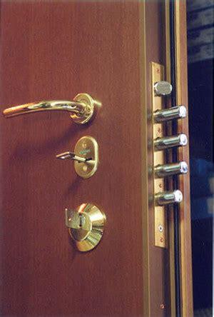come cambiare serratura porta blindata come sostituire la serratura della porta blindata