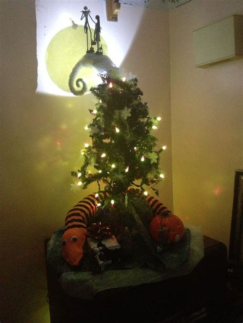 the nightmare before christmas tree a d d pinterest