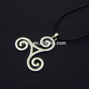 teen wolf triskele necklace derek hale tattoo necklace