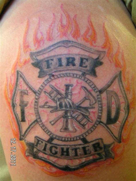 firefighter maltese cross tattoos firefighter tattoos search amazing tattoos