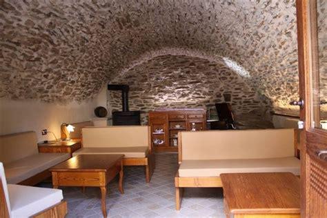 pavimenti per tavernette mobili rustici taverna legno massello pino e abete