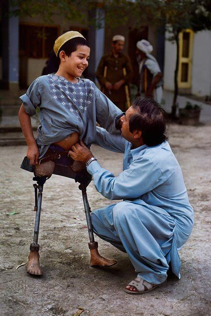 steve mccurry afghanistan fo the universal language by photographer steve mccurry