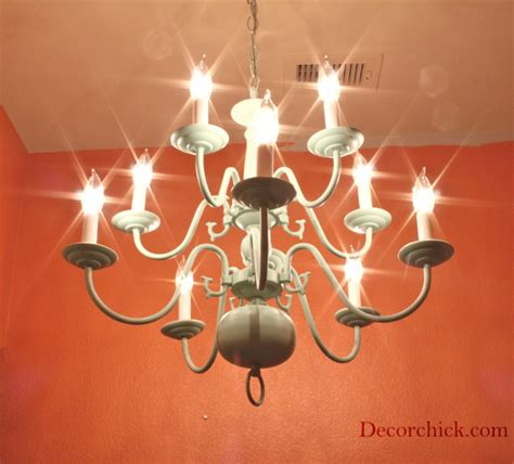And It Works An 8 Chandelier Makeover Decorchick Spray Paint Chandelier
