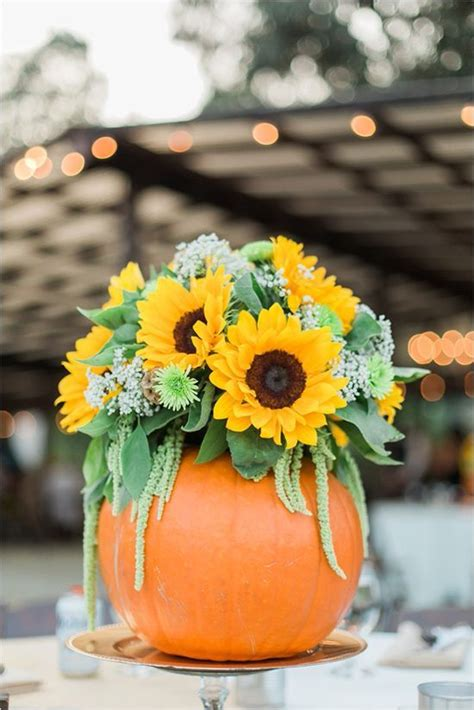 29 Ways To Use Pumpkins For Your Wedding D 233 Cor Weddingomania Pumpkin With Flowers Centerpieces