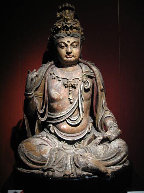Carved Ivory Vase File Wood Bodhisattva 2 Jpg Wikimedia Commons