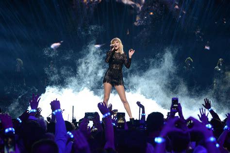 taylor swift concert list taylor swift s net worth in 2017 money