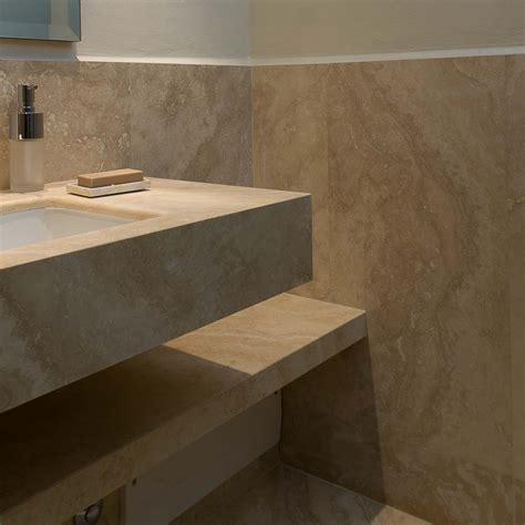 rivestimento bagno piccolo come arredare un bagno piccolo lavandino in marmo