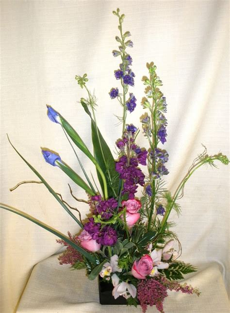 spring flower arrangements spring floral arrangement flowers on display pinterest