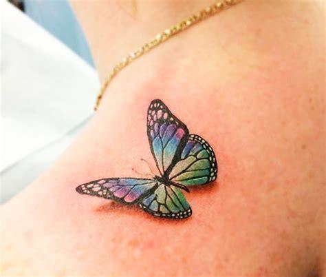 tatuaggi farfalle colorate e fiori tatuaggi farfalle 200 foto e idee a cui ispirarsi
