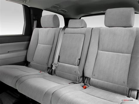 How Many Seats Does A Toyota Sequoia 2016 Toyota Sequoia Interior U S News World Report