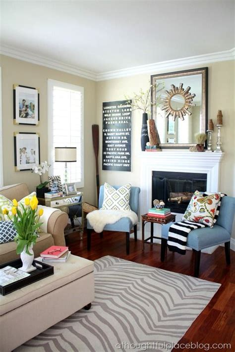 Family Room And Living Room - 1000 images about narrow living room on