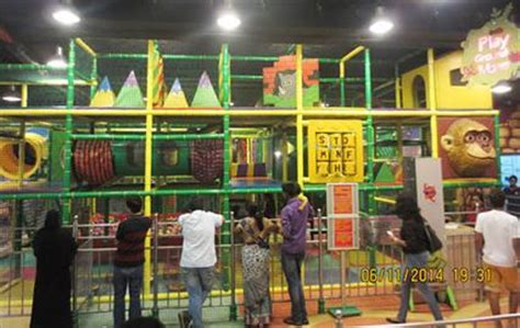 infinity mall andheri playground maze at infiniti mall andheri
