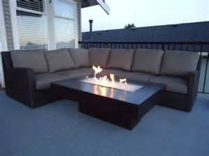 Patio Fire Pit Tables by Best 25 Fire Table Ideas On Pinterest
