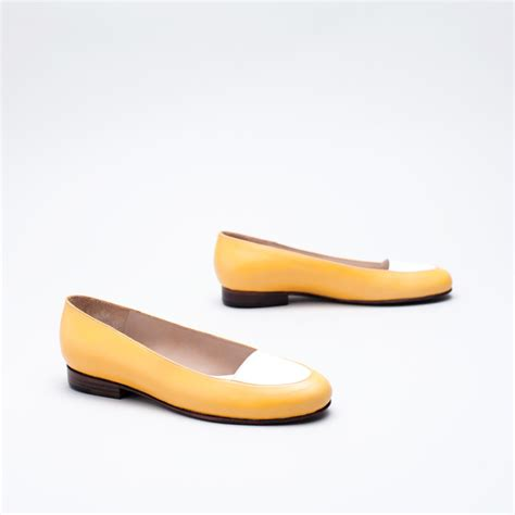 Sale Flat Shoes Snacker Merah martiniano patachou flats garmentory