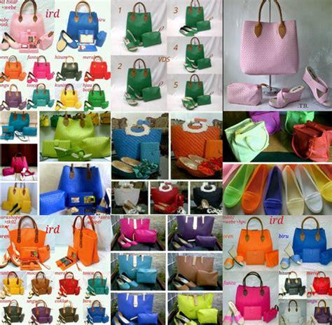 Paket Hemat Jam Dan Sandal Bunga anak indonesia murah tas cewek sepatu sandal dompet jam tangan pakaian batik bola mu