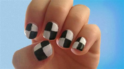 nail art checkered tutorial checkered nail art tutorial just using tape easy