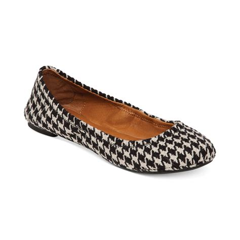 lucky brand shoes emmie flats lucky brand emmie flats in black houndstooth lyst