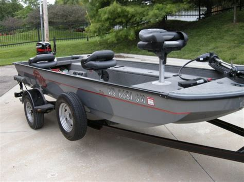 tuffy boats muskiefirst input on a tuffy esox 187 muskie boats and