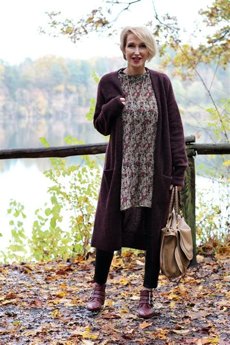 wardrobe choices for women over 60 222 best older women rocking fashion images on pinterest