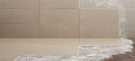 posa piastrelle pavimento pavimenti per esterni piastrelle sottili posa su pavimenti