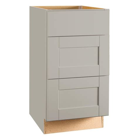 assembled 18x34 5x24 in base kitchen cabinet with 3 hton bay shaker assembled 18x34 5x24 in drawer base