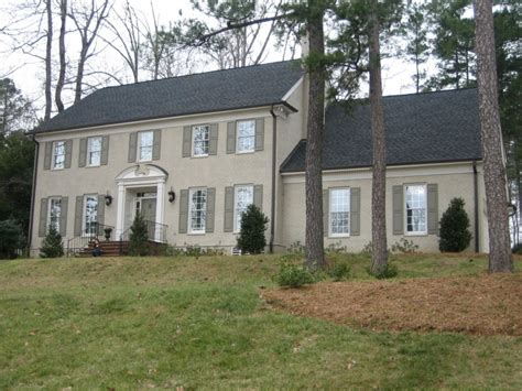 colonial brick homes these 15 colonial style homes will have you feeling warm