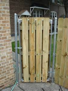 wood fence with metal post building construction diy