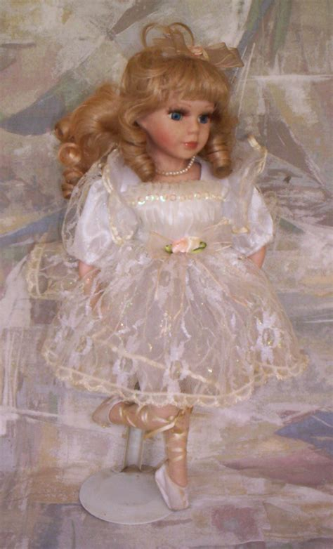 porcelain doll 02 other antiques collectables beautiful ballerina