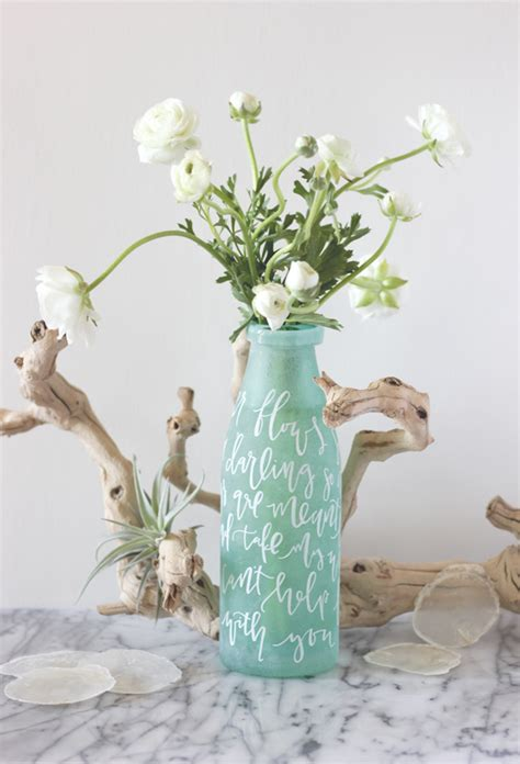 Diy Vase Centerpieces by Lettered Vase Centerpiece Diy Julep