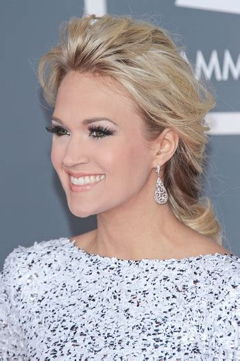 carrie underwood 2015 haircuts carrie underwood hairstyles sophisticated allure
