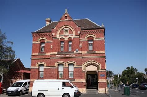 Parkville Post Office by