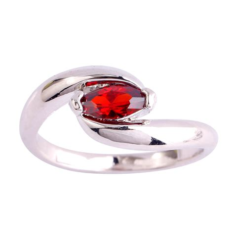 new fashion solitaire elaborate gift rings