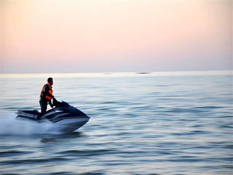 waterscooter les activit 233 s nautisme motoris 233 jet ski site officiel