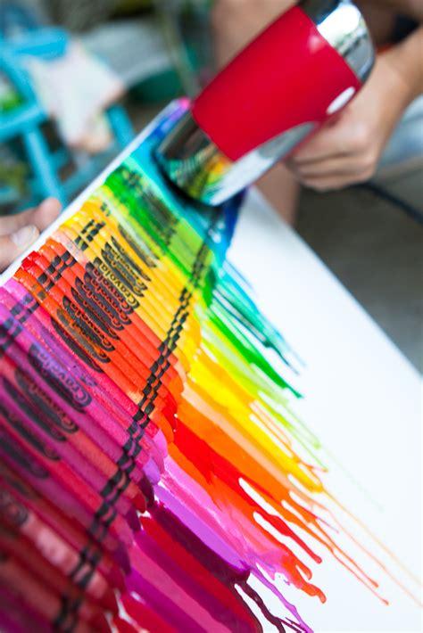 Faire Fondre De La Cire by Un Tableau Avec Des Crayons De Cire