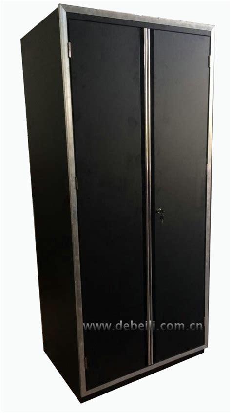 Luxury Garage Cabinets by Luxury Garage Workshop Cabinet And Bottom Tool