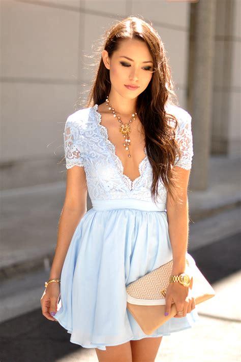 wear  lace dress