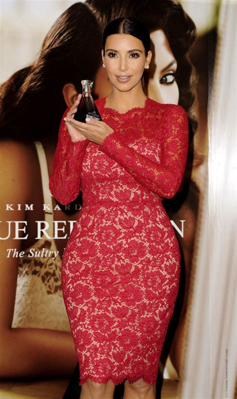 kim kardashian perfume london kim kardashian at true reflection fragrance launch in