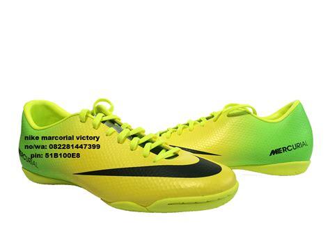 Harga Nike Roshe Original jual jual sepatu kets nike roshe run hyperfuse original