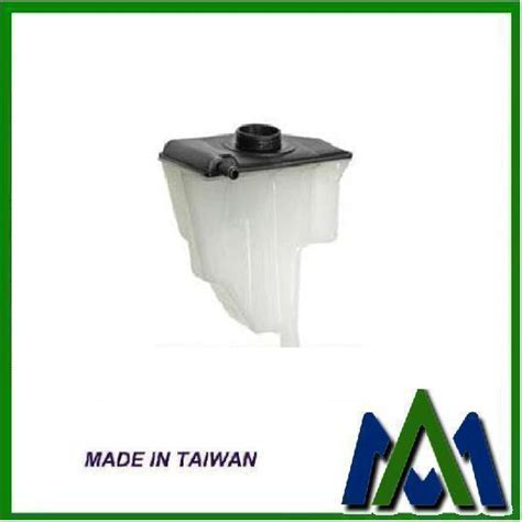 engine coolant recovery expansion tank  volvo     oem