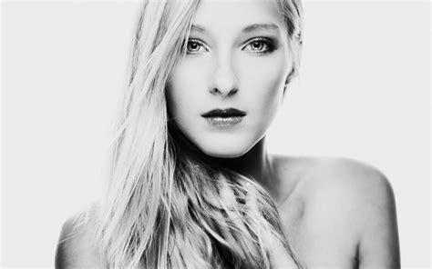 wallpaper black and white portrait blondes women black and white minimalistic white