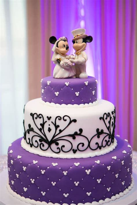 Minnie Dress Disney Mickey Whtie Black purple black and white disney themed wedding cake even