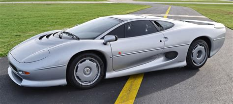 is jaguar still supercar icons 1992 jaguar xj220 still enchants the eye