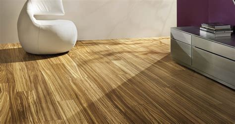 laminate flooring courey contract
