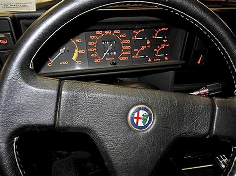 volante alfa 75 foto di interni di alfa 75 1 8 evoluzione e 2 0 spark